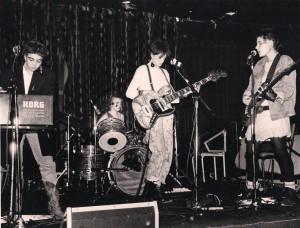 Au Rising Sun-1986